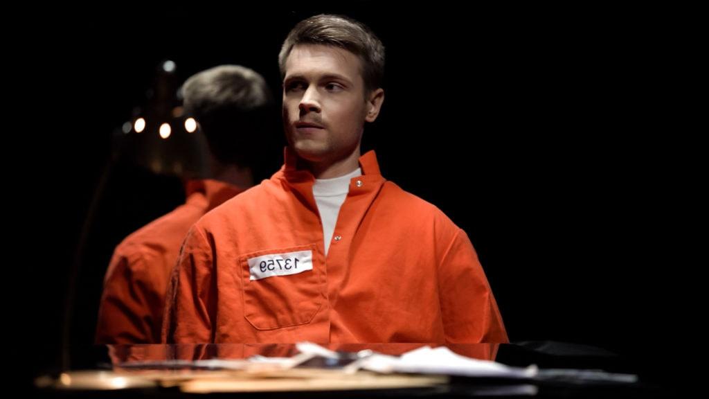Prisoner in an orange suit illustrating Stark Law Violations